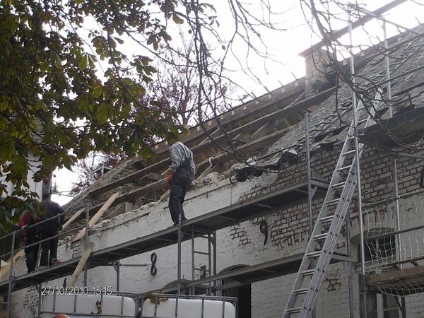 Bild-4-Dach Westfluegel